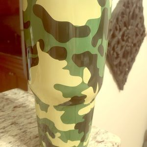 Double Wall Stainless Steel 30 oz Tumbler